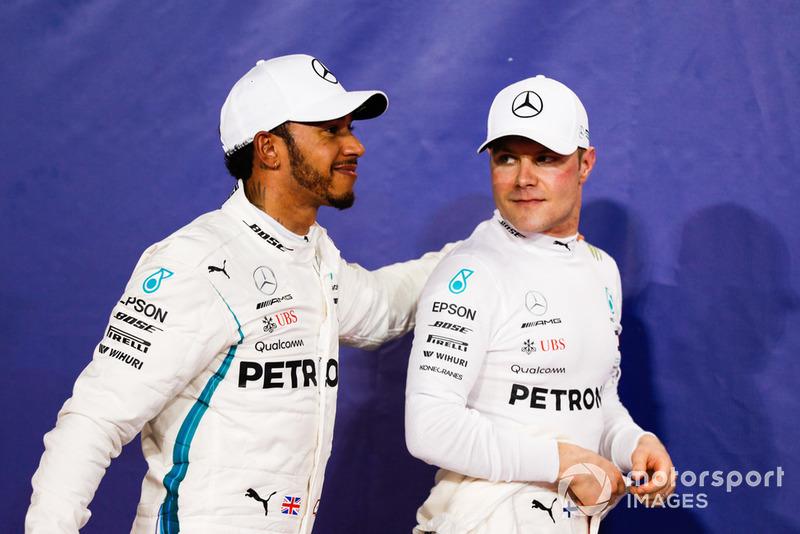 """Der Teamkollege: Valtteri Bottas ist wahrscheinlich der bessere """"Wing-Man"""" als Charles Leclerc. Weil er zwar schnell genug Autofahren kann, um eine echte Unterstützung zu sein. Aber nicht schnell genug, um einen Hamilton auf dem Höhepunkt seiner Karriere regelmäßig Punkte wegzunehmen."""