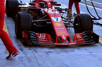 L'aileron avant hybride pour des essais en vue de 2019 sur la Ferrari SF71H