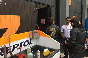 Il primo ingresso di Jorge Lorenzo al box Honda