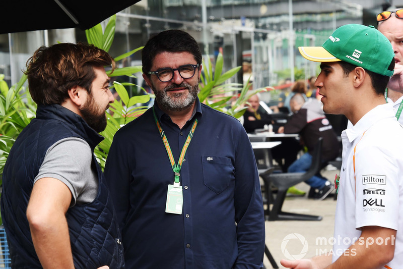 Jose Villanueva, Estrella Galicia, Luis Garcia Abad, manager de Fernando Alonso, McLaren y Sergio Sette Camara, McLaren
