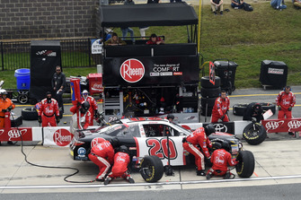 Christopher Bell, Joe Gibbs Racing, Toyota Camry Rheem, makes a pit stop