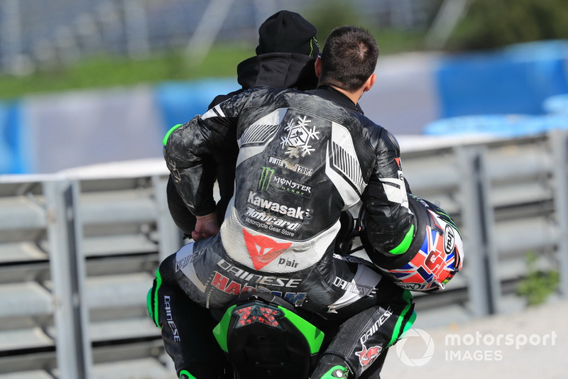 Leon Haslam, Kawasaki Racing after crash