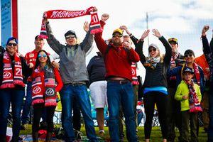 Taraftarlar ve Kevin Magnussen, Haas F1 Team