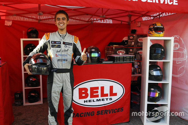 Şampiyon Mikel Azcona, PCR Sport Cupra TCR