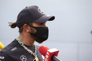 Lewis Hamilton, Mercedes-AMG Petronas F1, talks to the media