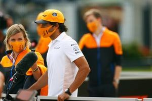 Carlos Sainz Jr., McLaren, talks to the media