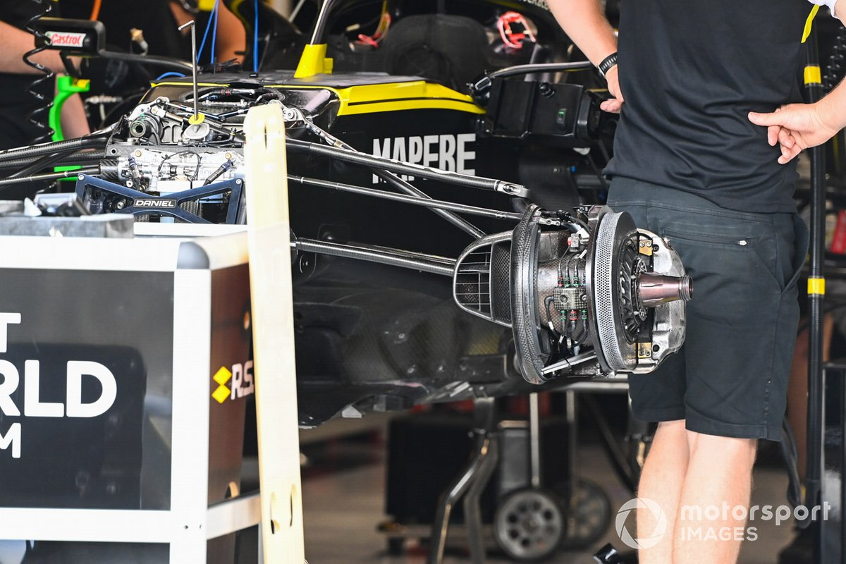 Brake detail on the Daniel Ricciardo Renault F1 Team R.S.20 in the team's garage