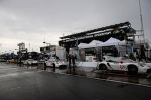#911 Porsche GT Team Porsche 911 RSR - 19, GTLM: Nick Tandy, Frederic Makowiecki, #912 Porsche GT Team Porsche 911 RSR - 19, GTLM: Laurens Vanthoor, Earl Bamber