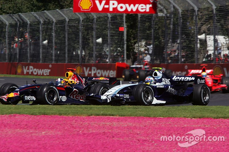 David Coulthard, Red Bull Racing RB3 en lutte avec Alex Wurz, Williams FW29