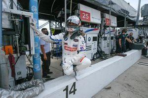 #25: BMW Team RLL BMW M8 GTE, GTLM: Connor De Phillippi