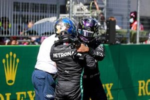 Lewis Hamilton, Mercedes-AMG Petronas F1, congratulates pole man Valtteri Bottas, Mercedes-AMG Petronas F1, after Qualifying