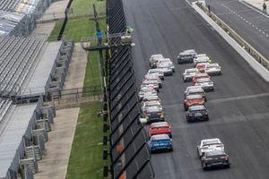 Chase Briscoe, Stewart-Haas Racing, Ford Mustang Highpoint.com, Justin Allgaier, JR Motorsports, Chevrolet Camaro Klondike restart