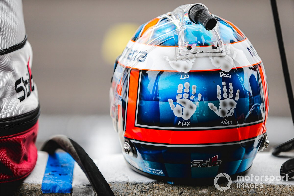 Casco de Tony Kanaan, A.J. Foyt Enterprises Chevrolet