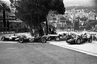 Richie Ginther, Ferrari, Jim Clark, Lotus 21, Stirling Moss, Lotus 18