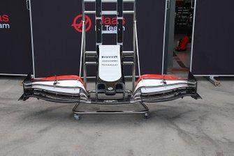 Haas F1 Team VF-20 nose detail