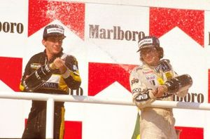 Podio: Nelson Piquet, Williams, Ayrton Senna, Lotus