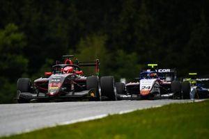 Enzo Fittipaldi, HWA Racelab leads Igor Fraga, Charouz Racing System