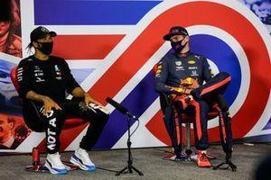 Lewis Hamilton, Mercedes-AMG Petronas F1, Max Verstappen, Red Bull Racing