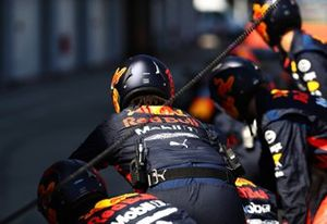 Red Bull Racing practica pitstops