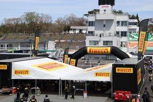 Pirelli tire service