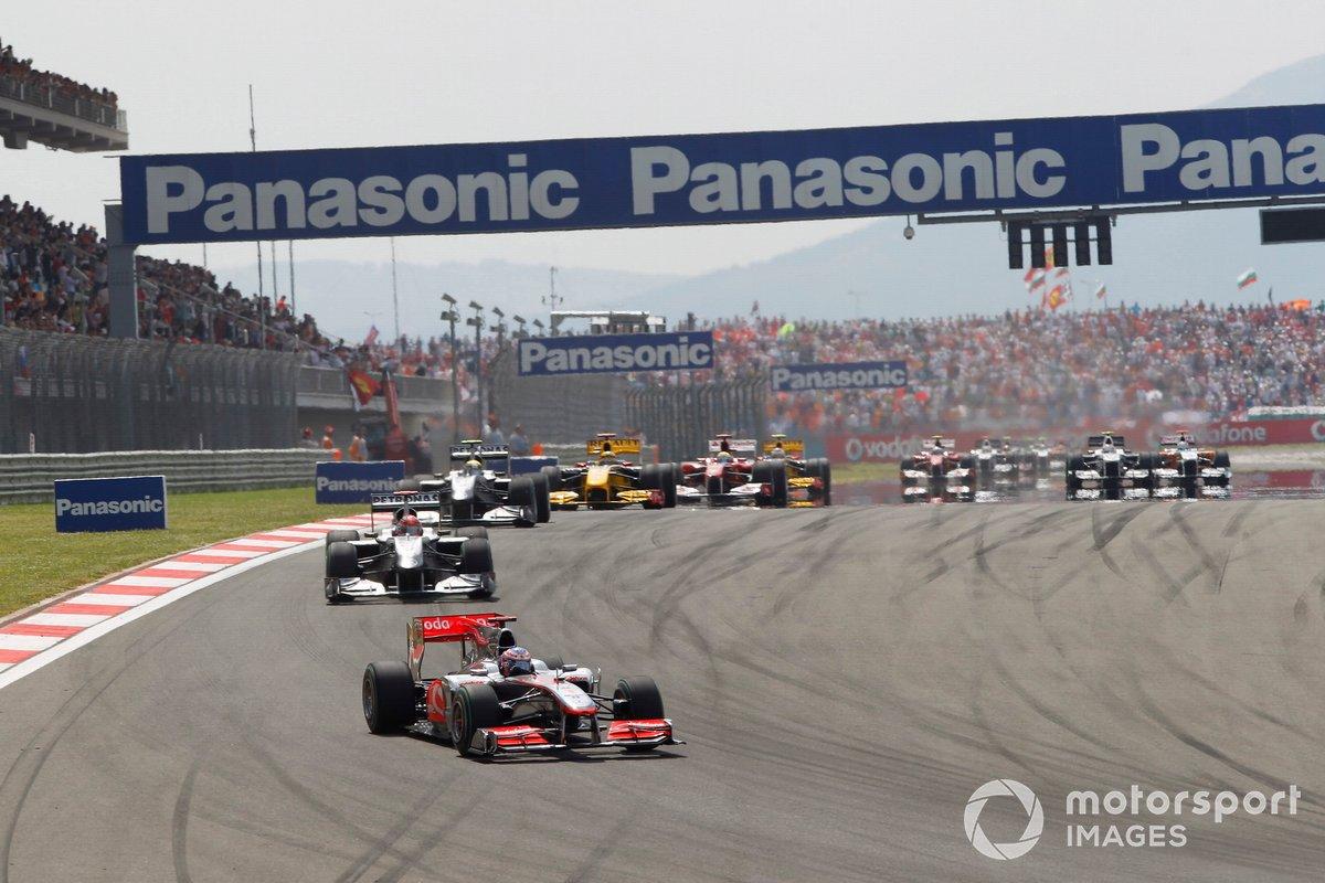 Jenson Button, McLaren MP4-25 Mercedes, Michael Schumacher, Mercedes GP W01, Nico Rosberg, Mercedes GP W01, Robert Kubica, Renault R30