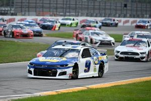 Chase Elliott, Hendrick Motorsports, Chevrolet Camaro NAPA Auto Parts, Clint Bowyer, Stewart-Haas Racing, Ford Mustang Mobil 1
