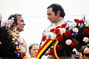 Podium: winnaar Pedro Rodriguez, BRM, tweede plaats Chris Amon, March-Ford