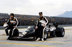 Nigel Mansell and Elio de Angelis, Lotus 95T Renault