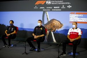 Toyoharu Tanabe, F1 Technical Director, Honda, Guenther Steiner, Team Principal, Haas F1 and Frederic Vasseur, Team Principal, Alfa Romeo Racing in the press conference