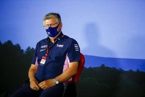 Otmar Szafnauer, director del equipo y CEO de Racing Point en la conferencia de prensa