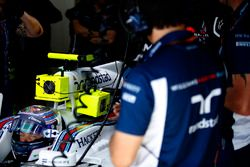 Valtteri Bottas, Williams FW38, in the garage