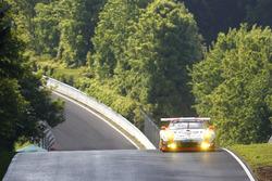 """#12 Manthey Racing, Porsche 911 GT3 R: Otto Klohs, """"Dieter Schmidtmann"""