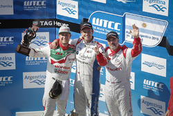 Podium: winner Tom Chilton, Sébastien Loeb Racing, second place Rob Huff, Honda Racing Team JAS, thi