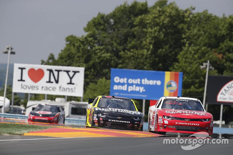 Todd Bodine, Chevrolet, Paul Menard, Richard Childress Racing Chevrolet