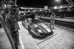 Pit stop for #51 AF Corse Ferrari 488 GTE: Gianmaria Bruni, James Calado, Alessandro Pier Guidi