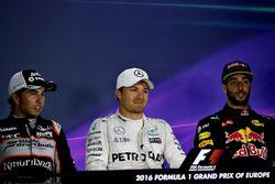 Nico Rosberg, Mercedes GP, Sergio Perez, Force India, Daniel Ricciardo, Red Bull Racing, in der Pre