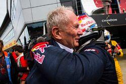 Helmut Marko, Pierre Gasly, Prema Racing'i tebrik ediyor