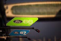 Panneau #66 Ford Chip Ganassi Racing Team UK Ford GT: Olivier Pla, Stefan Mücke et #67 Ford Chip Ganassi Racing Team UK Ford GT: Andy Priaulx, Harry Tincknell