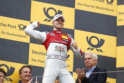 Podium: ganador, Edoardo Mortara, Audi Sport Team Abt Sportsline, Audi RS 5 DTM