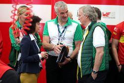 Monika Schreiner, LGT Group, e Peter Gutzmer, ABT Schaeffler Audi Sport,
