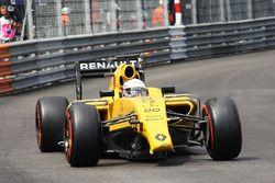 Kevin Magnussen, Renault Sport F1 Team R.S.16 avec un aileron avant cassé