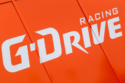 Зона команды G-Drive Racing и их логотип