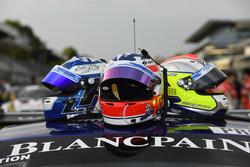 Cascos de #14 Emil Frey Racing, Emil Frey Jaguar G3: Lorenz Frey, Stéphane Ortelli, Albert Costa Balboa