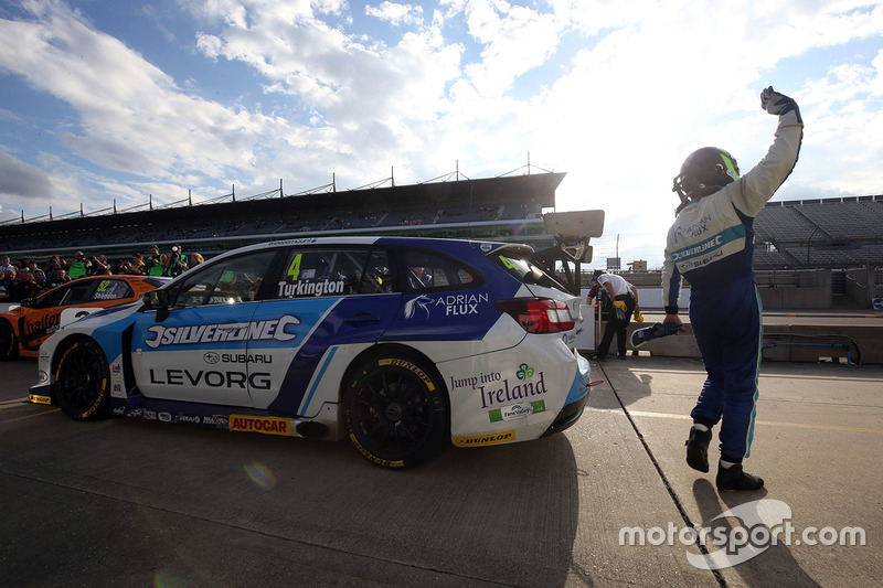 3. Colin Turkington, Silverline Subaru BMR