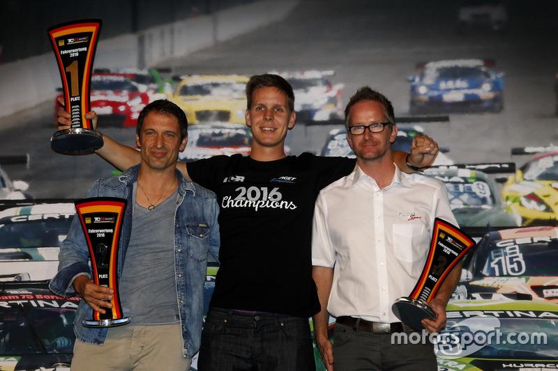 Meister Josh Files, Target Competition, Honda Civic TCR; 2. Harald Proczyk, HP Racing, SEAT Leon TCR; 3. Steve Kirsch, Team Honda ADAC Sachsen, Honda Civic TCR