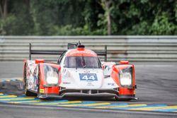 Escursione fuori pista per#44 Manor Oreca 05 Nissan: Tor Graves, Matthew Rao, Roberto Merhi