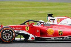 Sebastian Vettel, Ferrari SF16-H mit dem Halo-Cockpitschutz