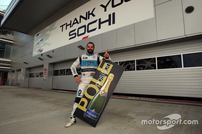 Pole position per Stefano Comini, Leopard Racing, Volkswagen Golf GTI TCR