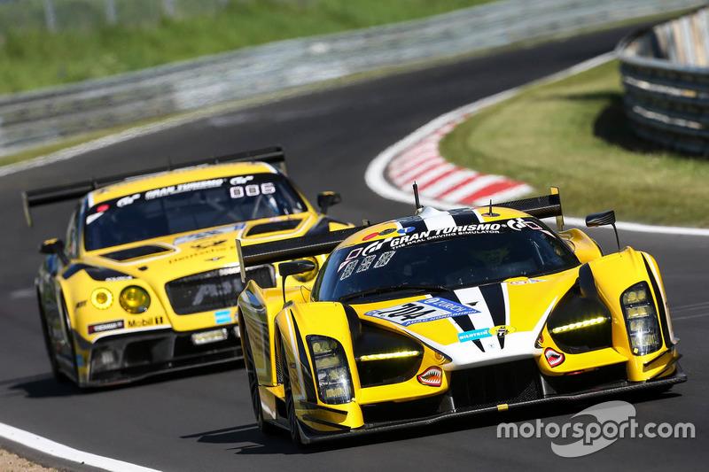 #704 Traum Motorsport, SCG SCG003C