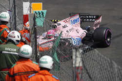 Esteban Ocon, Force India VJM10 crashed